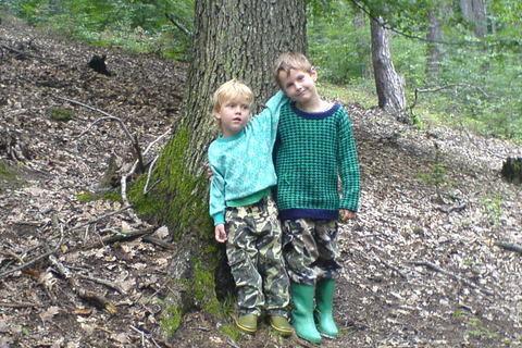 FOTKA - Ondra + Domka,v lese