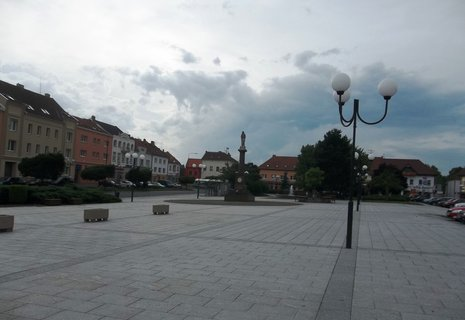 FOTKA - Bzenec.. náměstí