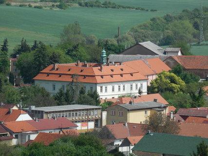FOTKA - Liteň -zámek v centru obce