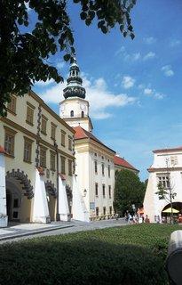 FOTKA - Kroměříž.. z náměstí k zámku
