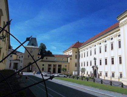 FOTKA - Kroměříž, brána do města a zámek