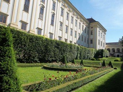 FOTKA - Kroměříž..zahrada u zámku