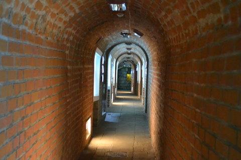 FOTKA - Chodba v podzemí