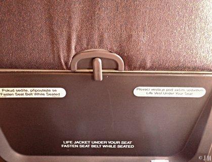 FOTKA - bezpečnostní pokyny v letadle