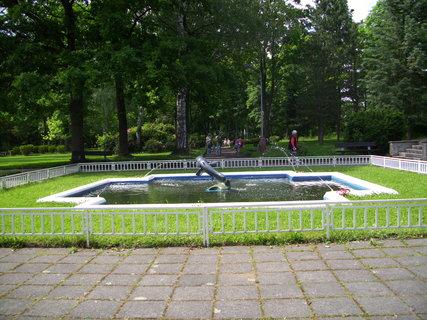 FOTKA - V lázeňském parku