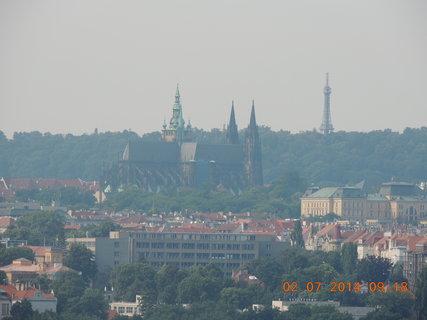 FOTKA - Praha 2.7. 2014- mlhavý výhled
