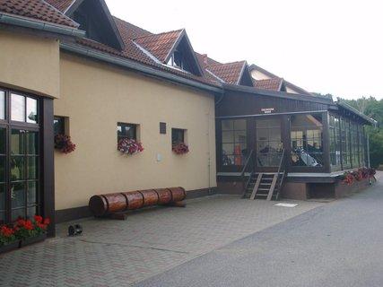 FOTKA - budovy Malevilu