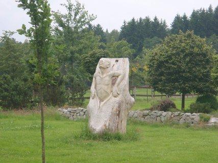 FOTKA - socha jedna