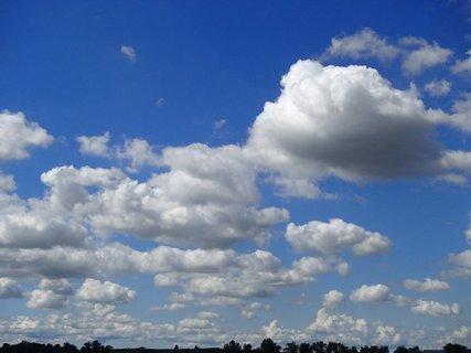 FOTKA - plávajúce oblaky