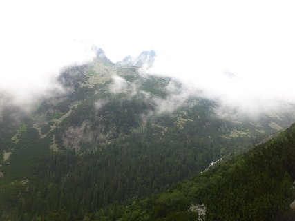 FOTKA - Vysoké Tatry - převaluje se mlha