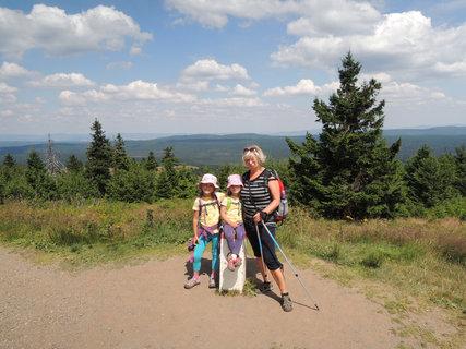 FOTKA - S turistickou průvodkyní na vrcholu
