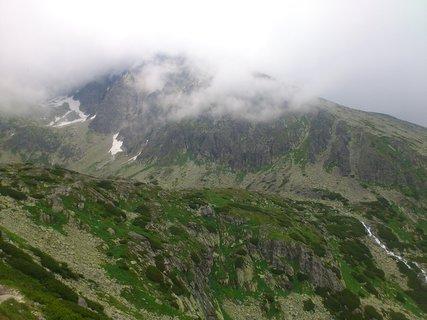 FOTKA - Vysoké Tatry -  trochu zeleně, jinak kamení