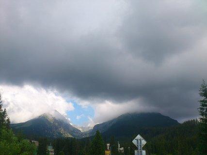 FOTKA - Vysoké Tatry - slunce a bouřkové mraky