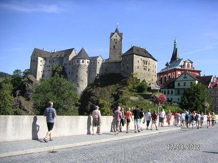 FOTKA - Z mostu pohled na hrad