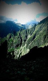 FOTKA - Vysoké Tatry - Lomnické sedlo, hory a nebe