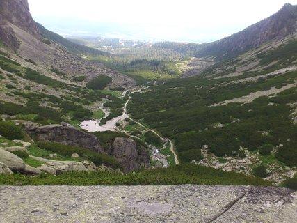FOTKA - Vysoké Tatry - pohled do kraje u vodopádu Skok