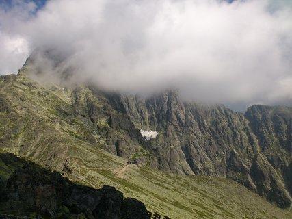 FOTKA - Vysoké Tatry - Lomnický štít v mracích