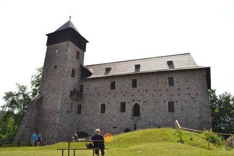FOTKA - Přední palác