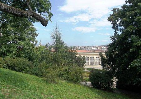 FOTKA - Boskovice, skleník v parku.