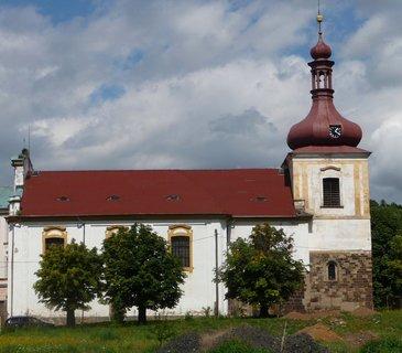 FOTKA - Kostomlaty p. Milešovkou - kostelík