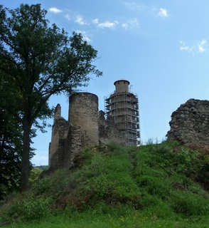 FOTKA - Kostomplaty p. Milešovkou - rekonstrukce budoucí vyhlídkové věže