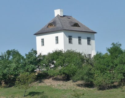 FOTKA - Romantické bydlení... poblíž ZOO Praha