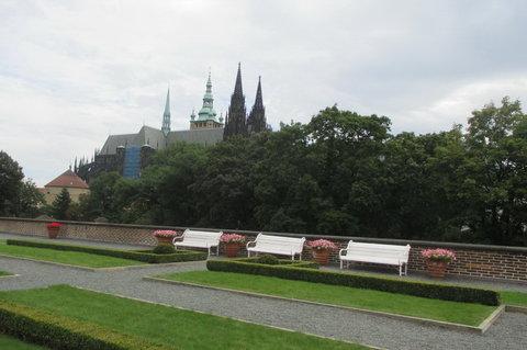 FOTKA - Zahrada na terase  Jízdárny Pražského hradu