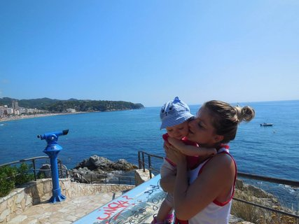 FOTKA - Janka s malou na dovči u mori