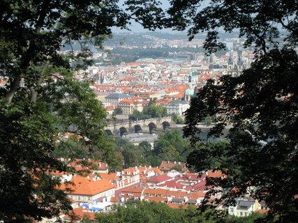 FOTKA - Praha zelená -  Petřín