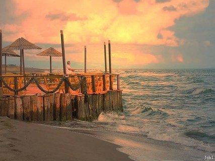 FOTKA - na molu  - západ slunce