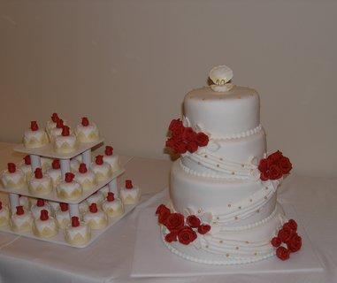 FOTKA - svatební 4-patrový dort + 35 minidortíků