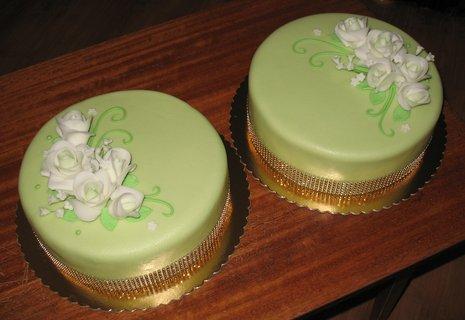 FOTKA - Svatební zelené dorty