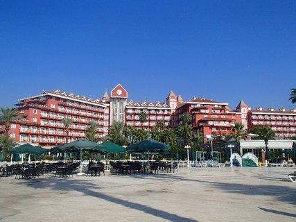 FOTKA - Turecko-terasa s pohľadom na hotel