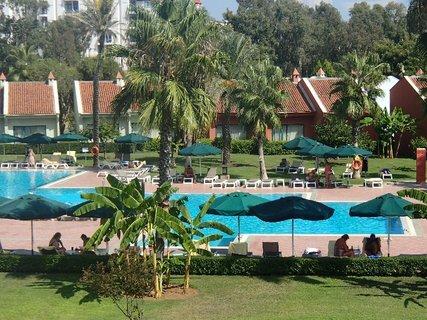 FOTKA - Turecko-vilky s bazénom v areáli hotela