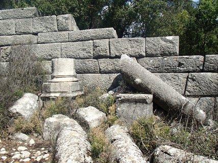 FOTKA - Turecko-Termessos-po zemetrasení