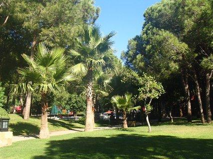 FOTKA - Turecko-zelená záhrada okolo hotela