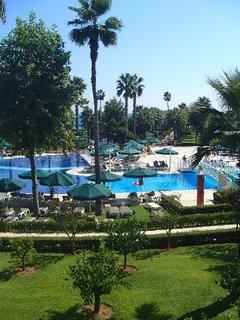 FOTKA - Turecko-pohľad z terasy na časť bazénu
