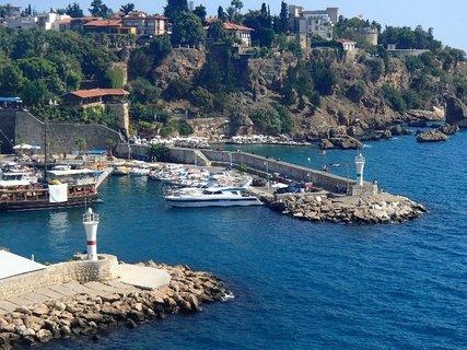 FOTKA - Turecko-malý prístav v Antalyii