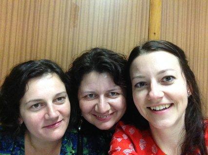 FOTKA - se dvěma sestřenkama