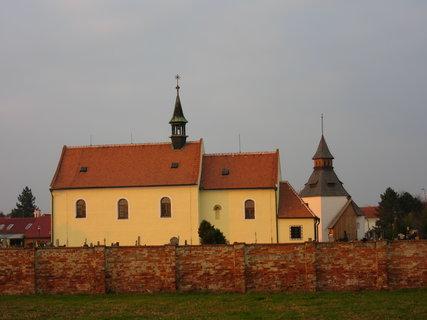 FOTKA - Kostel na hřbitově - St. Město