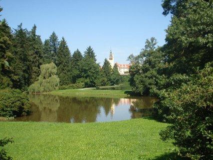 FOTKA - park a zámek