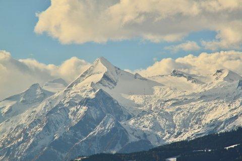 FOTKA - Vyhlídka Kühbühel a Ritzensee - Pohled na Kitzsteinhorn