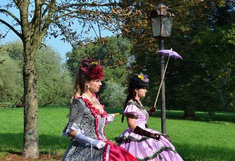 FOTKA - Podzimní den na zámku