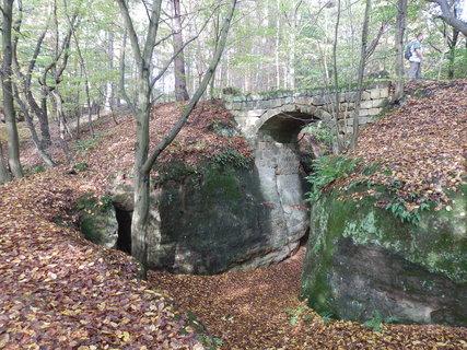 FOTKA - kamenný most u Jestřebice, toulání méně známými kouty Kokořínska