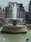Trafalgarské náměstí - kašna s vodotryskem