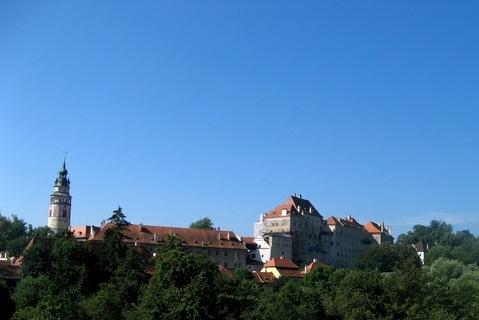 FOTKA - příchod k zámku a hradu