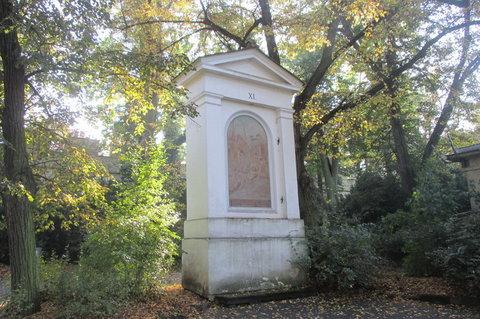 FOTKA - V říjnu bylo krásně, slunečno, zeleno...Petřín, Křížová cesta