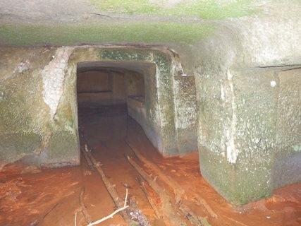 FOTKA - Skalní mlýn Hlučov, respektive jeho zbytky, tajemné toulání Kokořínskem