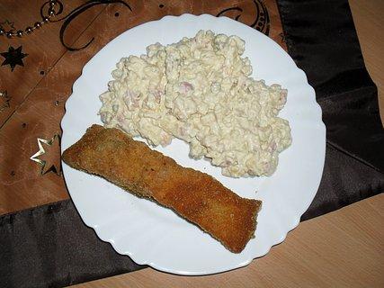 FOTKA - Smažený kapr, bramborový salát