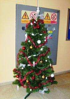 FOTKA - vánoční stromeček v nákupním centru